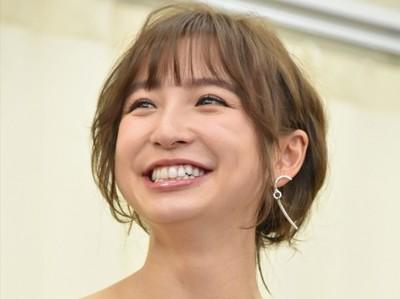 篠田麻里子の結婚相手(夫/旦那)は誰?年収は〜億円で顔画像は?