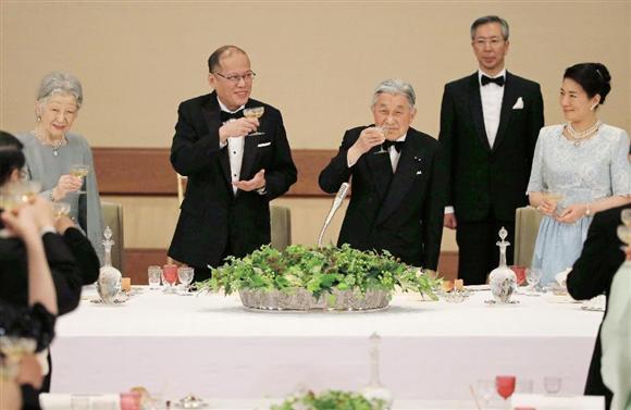 宮中晩餐会(5月27日)の出席者やメニューは?使用される食器も調査!
