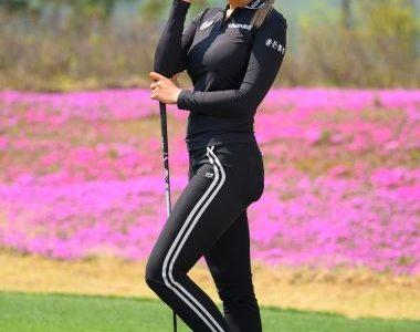 【画像】ユ・ヒョンジュの私服がかわいい!カップサイズもくっきり?